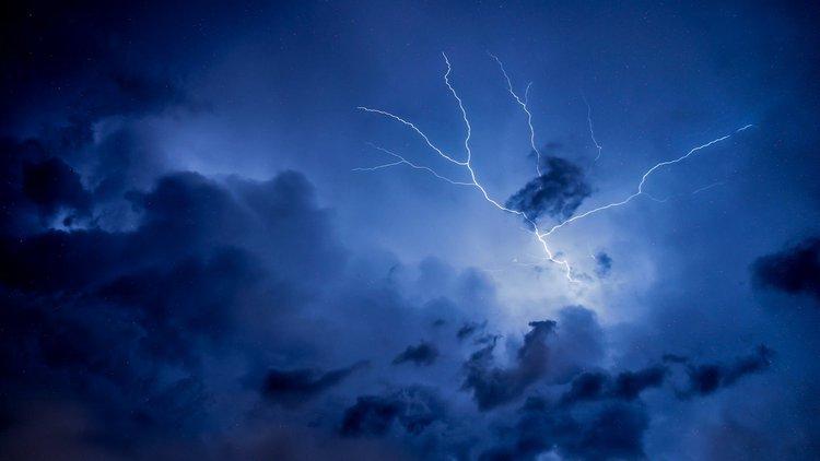 Praca jako meteorolog – kariera i zarobki po meteorologii